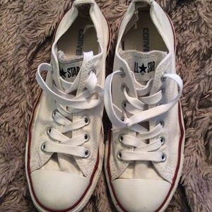 White converse. Low. Used. Clean